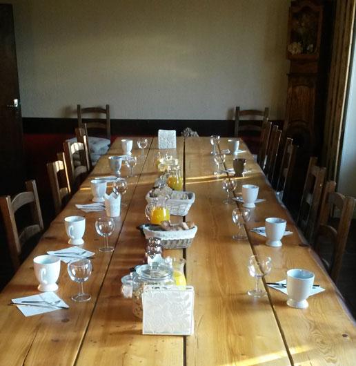 la table d'hôte du chalet des 2 roches